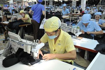Nhân dân tệ giảm giá tác động gì đến Việt Nam?