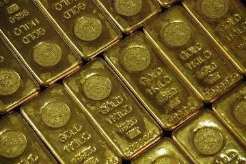 Vàng lên đỉnh một tuần nhờ USD suy yếu
