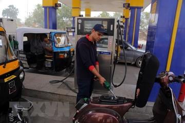 Iran cảnh báo giá dầu sẽ sớm chạm mốc 100 USD mỗi thùng