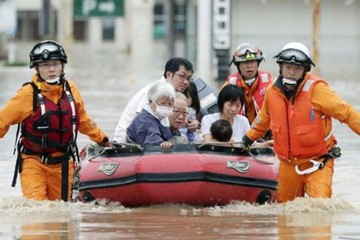 Mưa lũ kỷ lục ở Nhật Bản, hơn 100 người chết và mất tích