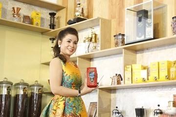 Bà Lê Hoàng Diệp Thảo mở quán cà phê đầu tiên