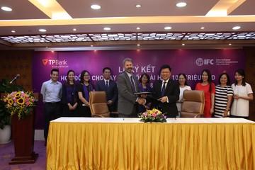 IFC thu xếp khoản vay 100 triệu USD cho TPBank, hướng đến nhóm khách hàng Micro SME