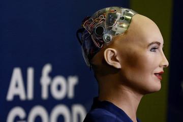 Ngày mai, Robot Sophia sẽ có mặt tại Việt Nam trả lời phỏng vấn báo giới