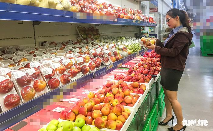 Việt Nam xuất khẩu trái cây sang Trung Quốc giùm cho Thái!