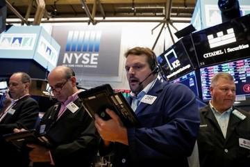 Cổ phiếu năng lượng giảm, S&P 500 rời đỉnh 5 tháng