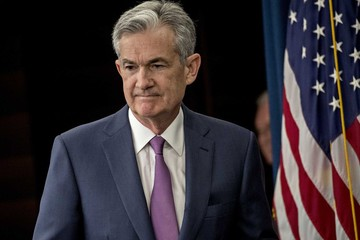 Trump phạm điều cấm kỵ khi phê bình Fed