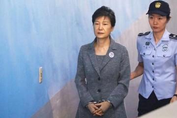 Cựu Tổng thống Hàn Quốc Park Geun-hye lĩnh thêm 8 năm tù
