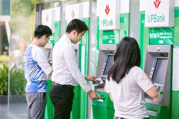 Giả mạo VPBank gửi email yêu cầu thông tin thẻ tín dụng