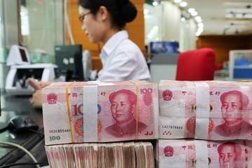 Trung Quốc 'mạnh tay' cắt thuế doanh nghiệp, tăng chi tiêu hạ tầng