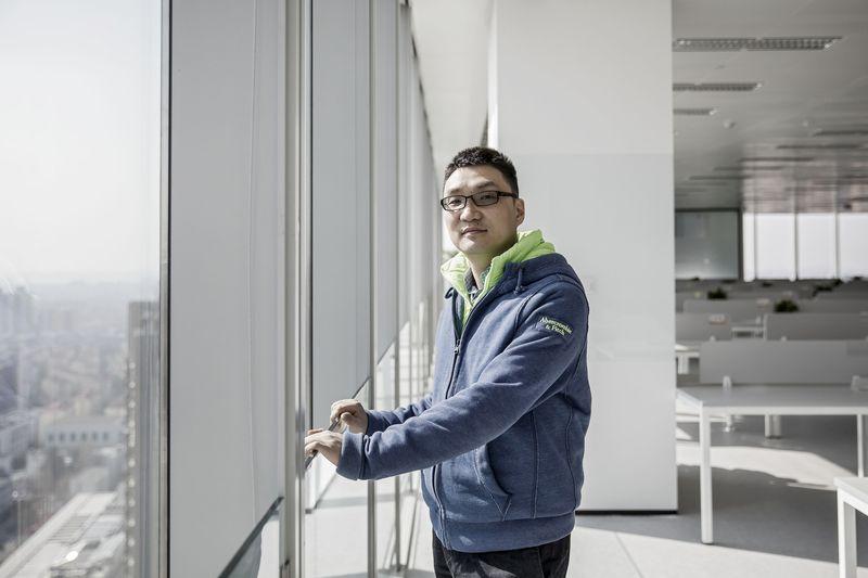 IPO thành công, cựu nhân viên Google thành người giàu thứ 12 Trung Quốc