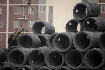 Mỹ tung đòn thuế, sản lượng thép toàn cầu giảm nhẹ trong tháng 6