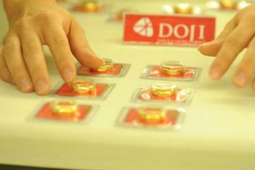 Chênh lệch giá mua bán vàng miếng co hẹp