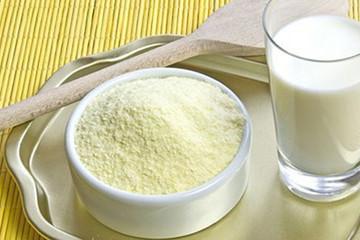 Giá sữa có thể giảm do xuất khẩu sữa bột của Ấn Độ tăng đột biến