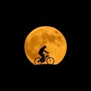 [Ảnh] Hiện tượng 'trăng máu' dài nhất thế kỷ
