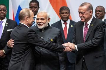 Thổ Nhĩ Kỳ muốn biến BRICS thành BRICST