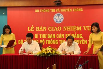 Ông Nguyễn Mạnh Hùng nhận nhiệm vụ tại Bộ Thông tin và Truyền thông
