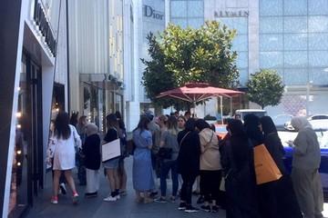 Hàng hiệu Thổ Nhĩ Kỳ rẻ đột ngột vì nội tệ mất giá