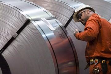 Canada xem xét áp dụng biện pháp phòng vệ với thép