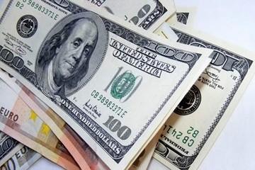 Tỷ giá ngân hàng đồng loạt giảm, USD tự do đi ngang