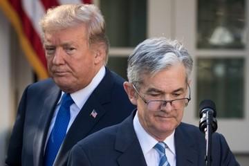 Trump tuyên bố sẽ tiếp tục chỉ trích nếu Fed tăng lãi suất