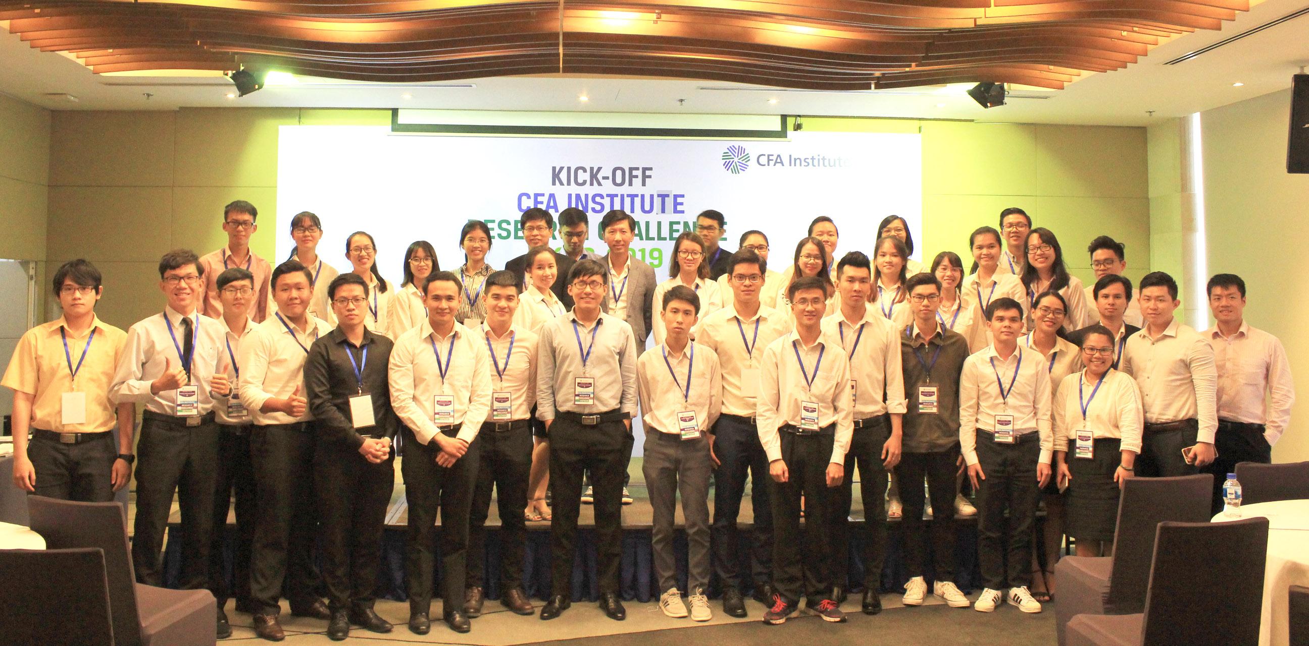 Cuộc thi CFA Research Challenge  mùa 2018-2019 chính thức khởi tranh
