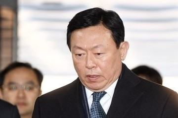 Chủ tịch tập đoàn Lotte bị đề nghị mức án 14 năm tù, phạt 90 triệu USD