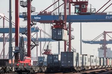 Mỹ nới lỏng hạn ngạch nhập khẩu thép, nhôm từ một số nước