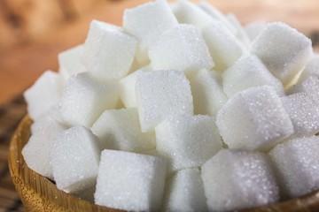 Chào thầu 94.000 tấn đường trong hạn ngạch nhập khẩu năm 2018 với giá 1,4 triệu đồng/tấn