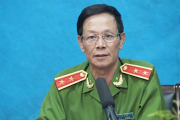 Cựu trung tướng Phan Văn Vĩnh bị cáo buộc 'chống lệnh', bao che đường dây đánh bạc