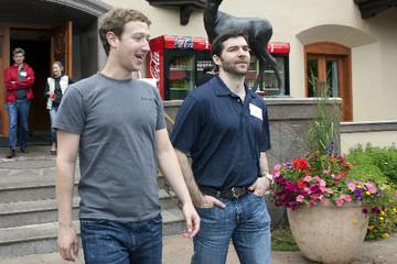 Lý do Steve Job, Mark Zuckerberg thích vừa họp vừa đi bộ