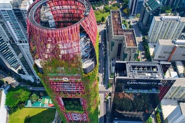 Khách sạn bọc cây của Singapore