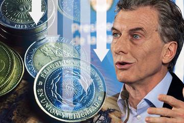Đối phó khủng hoảng peso, Argentina cắt giảm 9 bộ