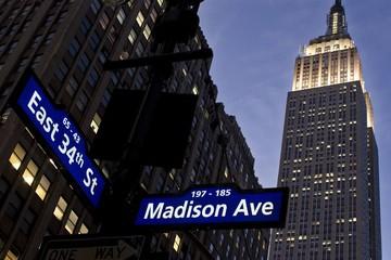 Thành tỷ phú nhờ quảng cáo kiểu Goldman Sachs