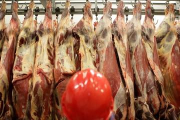 EU muốn đàm phán với Mỹ về nhập khẩu thịt bò