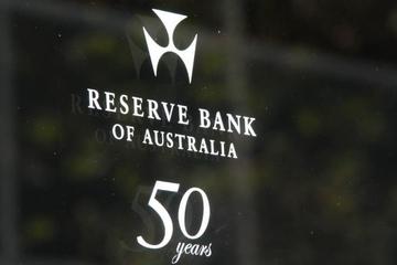 Australia giữ lãi suất thấp kỷ lục