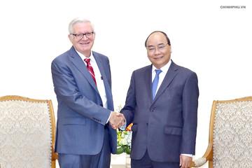 Thủ tướng: Mong muốn tiến tới cân bằng cán cân thương mại với Mỹ