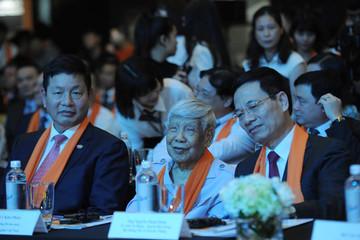 Kỳ vọng của quyền Bộ Trưởng Nguyễn Mạnh Hùng tại FPT