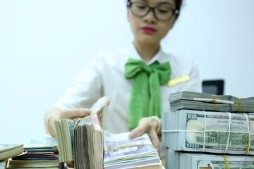 Việt Nam có thể tốn kém hơn khi FED tăng lãi suất, chiến tranh thương mại