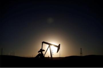 Giới đầu tư quỹ lạc quan vào dầu Brent, quay lưng với dầu WTI