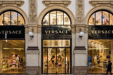 Michael Kors có thể mua Versace với giá 2 tỷ USD