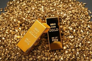 Giá vàng SJC giảm sâu, xuống đáy 9 tháng