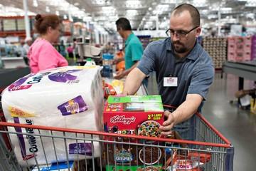 Fed tăng lãi suất – con dao hai lưỡi với người tiêu dùng Mỹ