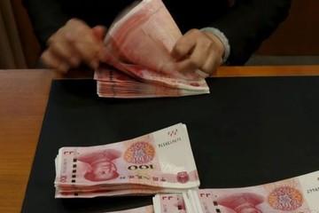 'Nhân dân tệ sẽ giảm giá thêm 10% nếu Mỹ tiếp tục áp thuế lên hàng Trung Quốc'
