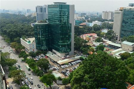 """TP HCM kiểm điểm cán bộ trong vụ bán """"đất vàng"""" đường Lê Duẩn"""