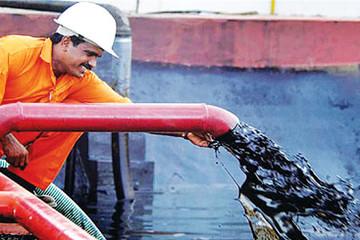 Giới đầu cơ cược giá dầu WTI đạt 100 USD/thùng vào cuối 2019