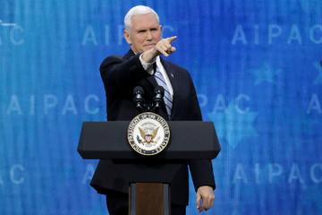 Phó tổng thống Mỹ kêu gọi Goolge ngừng xây dựng công cụ tìm kiếm cho Trung Quốc