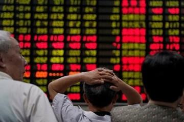 Vừa mở cửa trở lại sau nghỉ lễ, chứng khoán Trung Quốc giảm hơn 3%