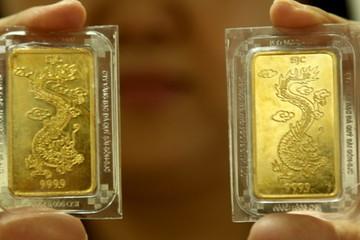 Vàng SJC giữ giá dù thế giới chạm đáy một tuần