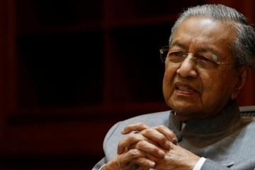 Malaysia tính tăng thuế, bán tài sản để trả bớt nợ công