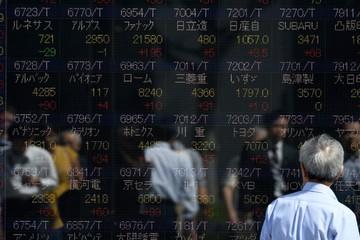 Chứng khoán châu Á diễn biến trái chiều sau tin Dow Jones mất hơn 500 điểm